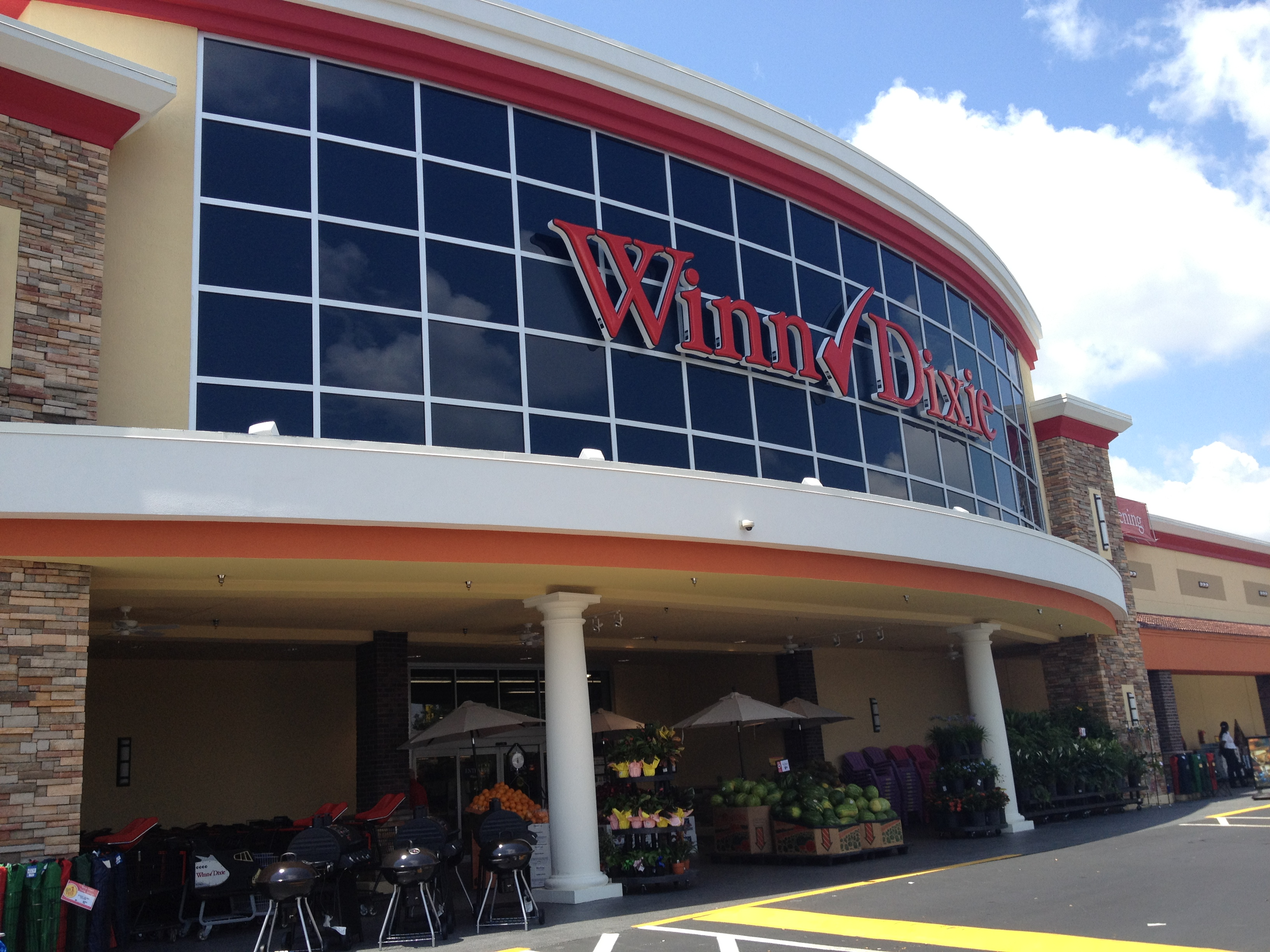 Winn-Dixie closing two stores; Florida and Georgia ...