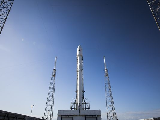 SpaceX Falcon 9 launch delayed, ocean-landing due to technical issue