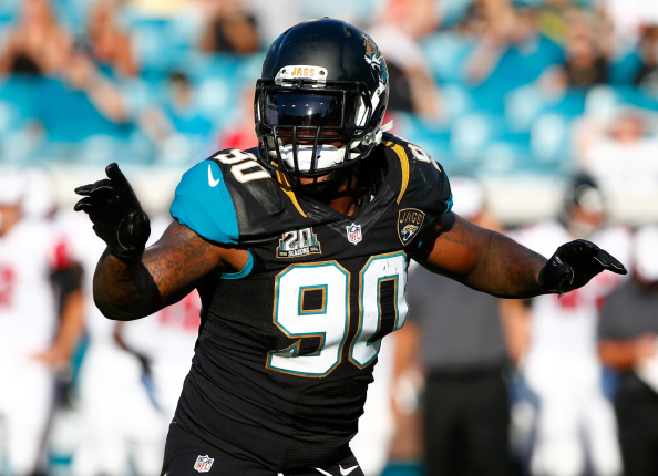 Defensive end Andre Branch agrees to terms with Dolphins