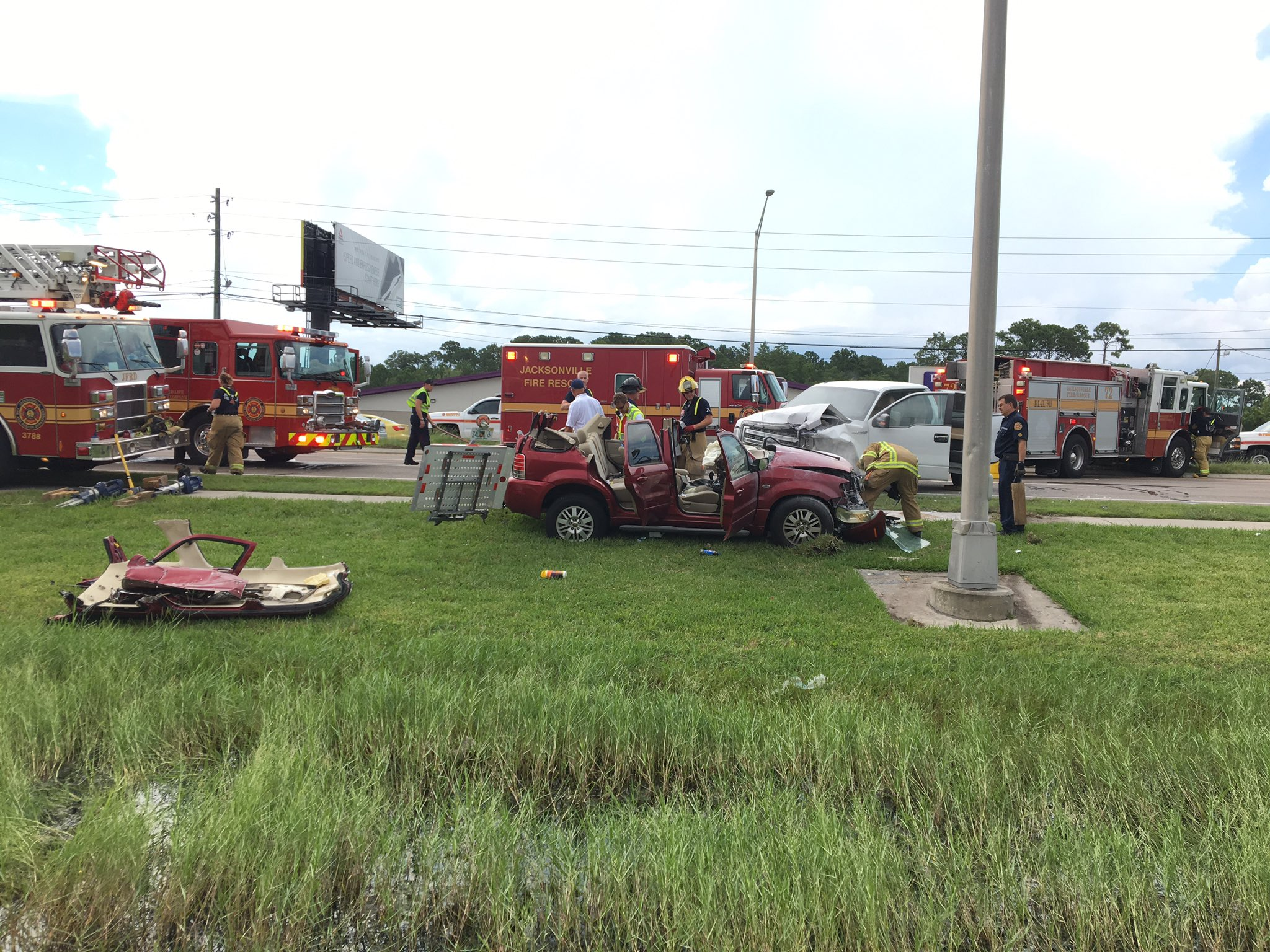 Jfrd Rescues Trapped Woman After Crash On Beach Blvd